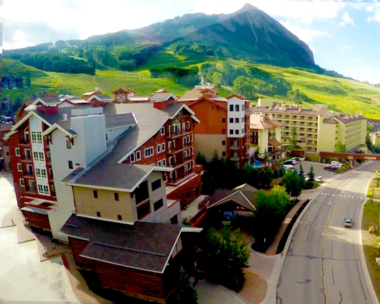 Sold Lodge at Mountaineer Square Condo Mt. Crested Butte